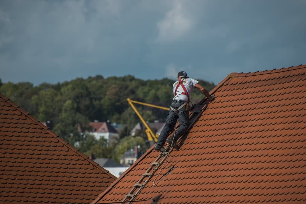 Important Considerations to Make When Hiring a Roofing Company