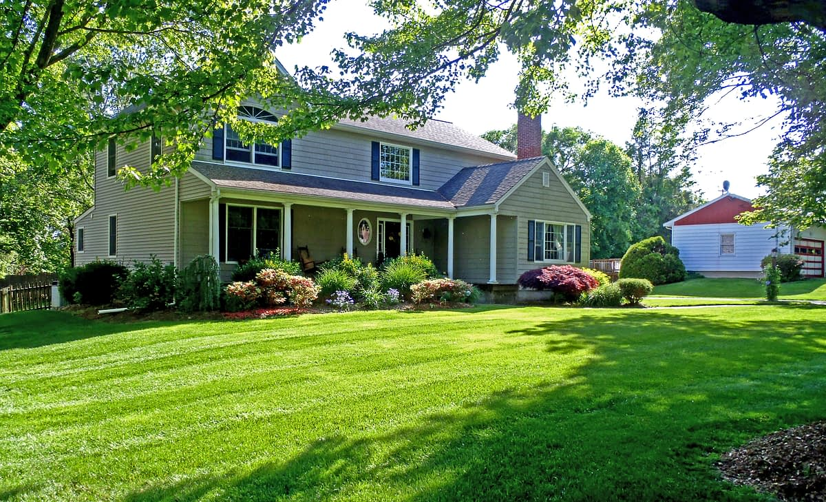 Steps to Choosing a Reputable Lawn Care Service