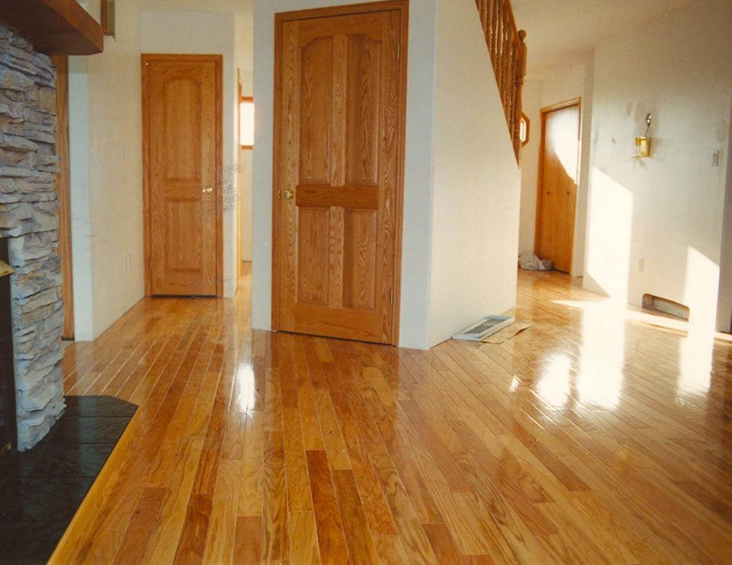 Advantages of Hardwood Floorings over Engineered Wood Floorings